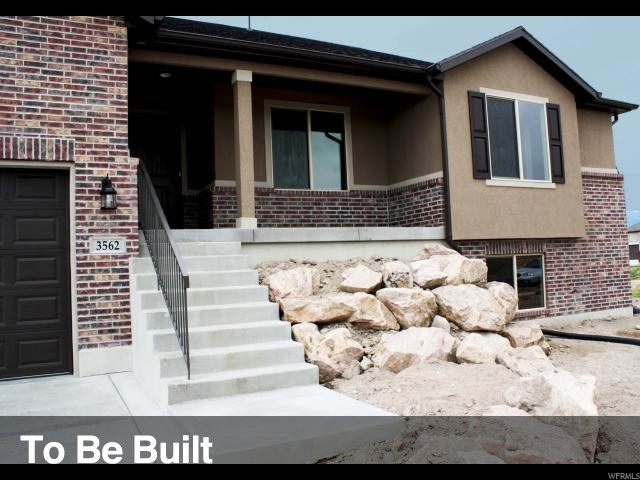 Additional photo for property listing at 3689 S 3925 W 3689 S 3925 W Unit: 3 West Haven, Utah 84401 Estados Unidos