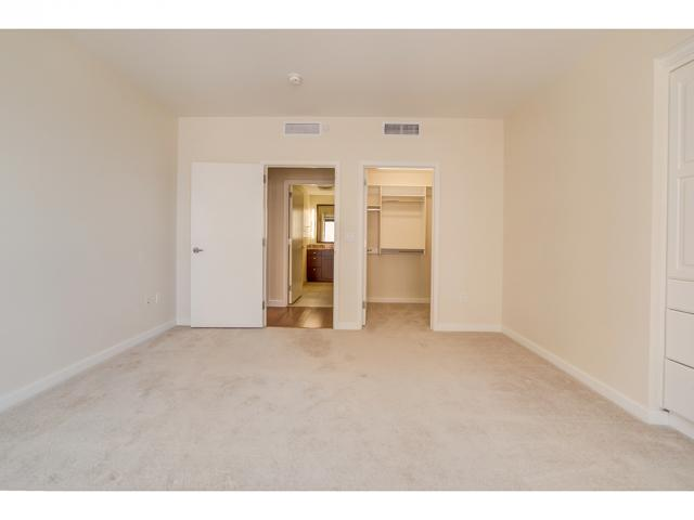 Additional photo for property listing at 45 W SOUTH TEMPLE 45 W SOUTH TEMPLE Unit: 603 Salt Lake City, Utah 84101 United States