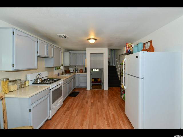 Additional photo for property listing at 3934 S BOOTHILL Drive 3934 S BOOTHILL Drive West Valley City, Utah 84120 États-Unis