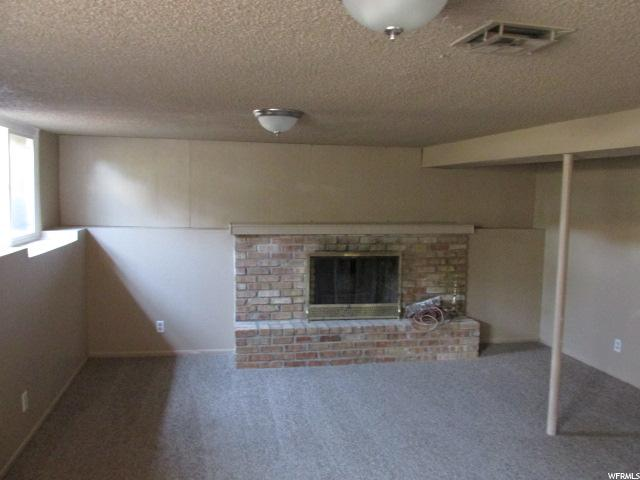 Additional photo for property listing at 4288 W 5655 S 4288 W 5655 S Kearns, Utah 84118 United States