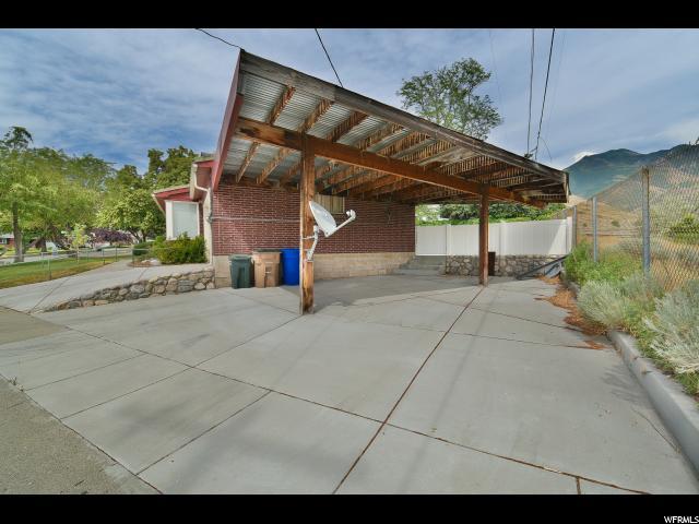 Additional photo for property listing at 2579 S PASADENA Street 2579 S PASADENA Street Salt Lake City, Utah 84109 États-Unis