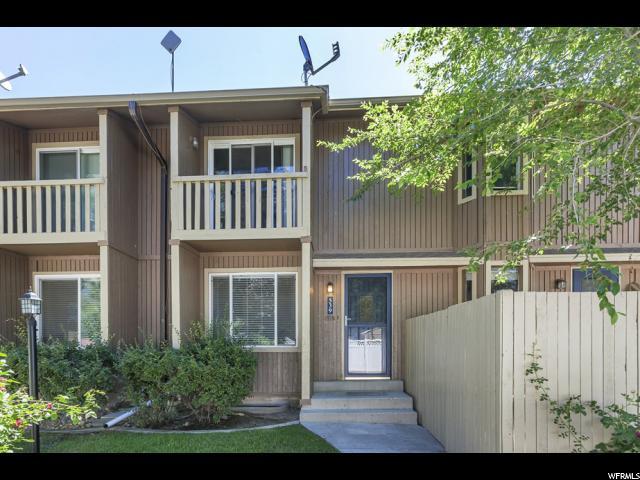 Maison accolée pour l Vente à 539 E COBBLESTONE Drive 539 E COBBLESTONE Drive Midvale, Utah 84047 États-Unis