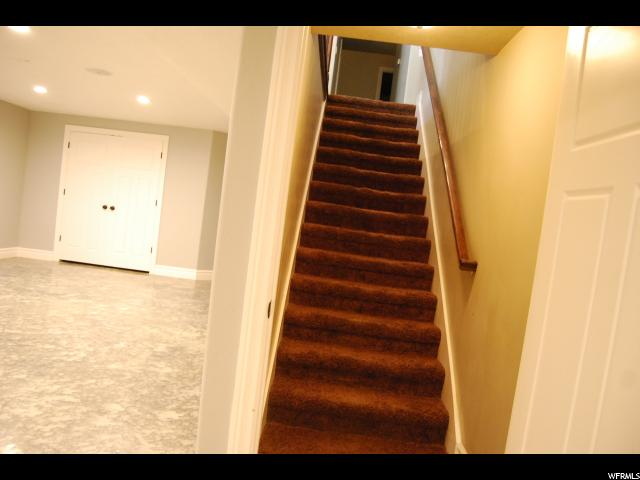 Additional photo for property listing at 995 W 350 N 995 W 350 N Roosevelt, Юта 84066 Соединенные Штаты