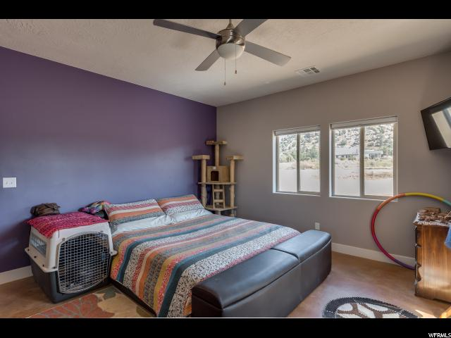861 W SMITHSONIAN (2600 N) WAY Apple Valley, UT 84737 - MLS #: 1466589