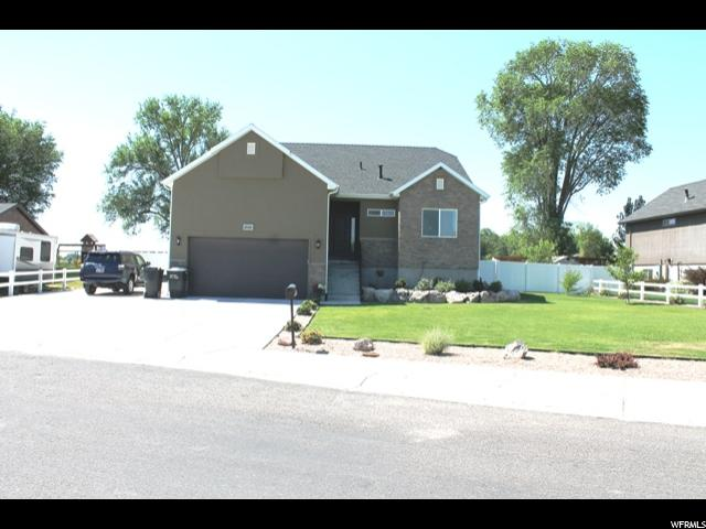 Single Family للـ Sale في 2058 E 1900 S 2058 E 1900 S Naples, Utah 84078 United States