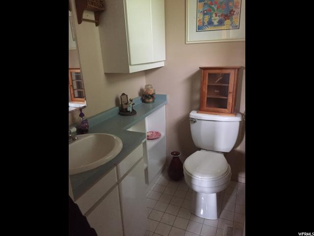 Additional photo for property listing at 918 E BEST Avenue  Millcreek, 犹他州 84106 美国