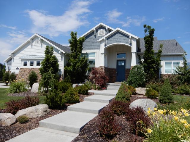 Unique la famille pour l Vente à 2012 W HILL Street Kaysville, Utah 84037 États-Unis
