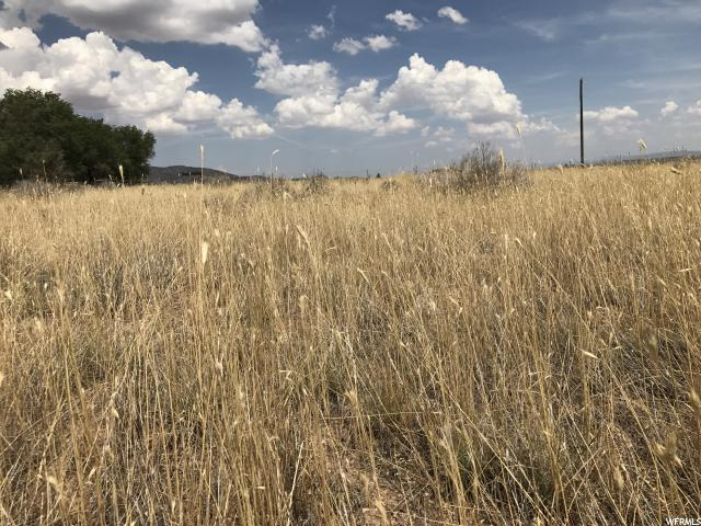 Additional photo for property listing at 7945 W 1800 S 7945 W 1800 S Cedar City, Utah 84720 Estados Unidos