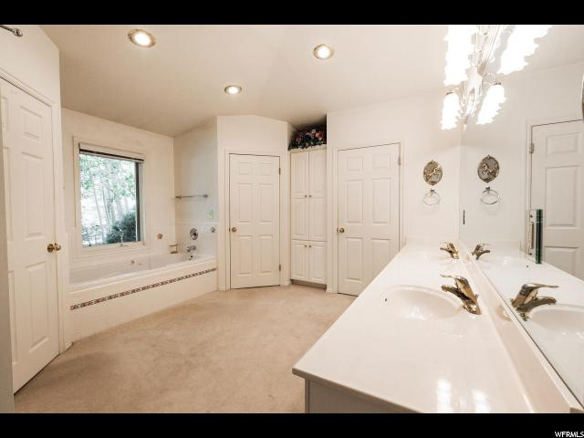 Additional photo for property listing at 8780 N SILVER SPUR Road 8780 N SILVER SPUR Road 帕克城, 犹他州 84098 美国