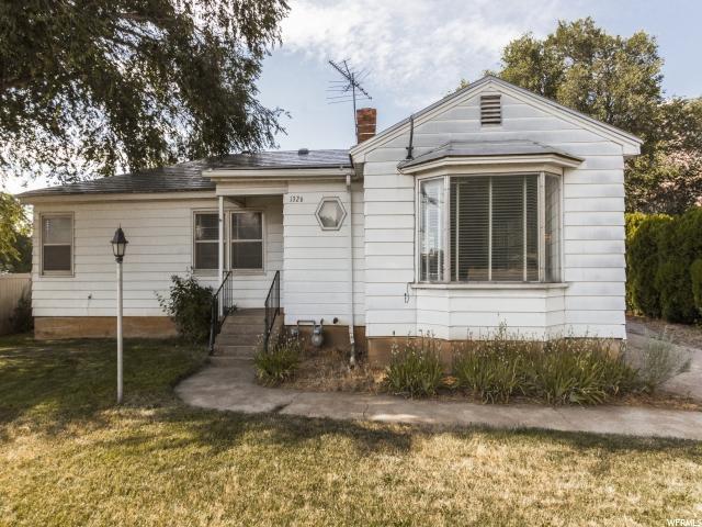 Single Family للـ Sale في 1326 CANYON Road Ogden, Utah 84404 United States
