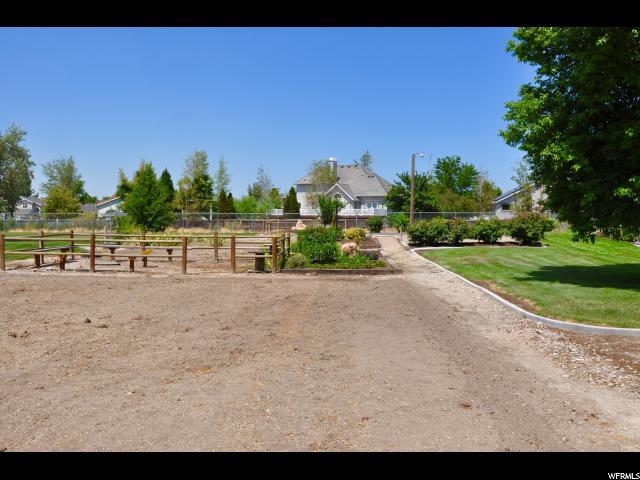 Additional photo for property listing at 12748 S HIDEAWAY CV  Draper, Utah 84020 United States