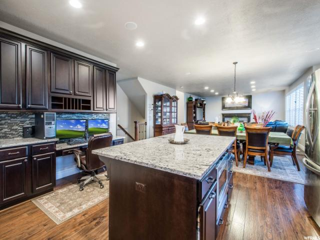 Additional photo for property listing at 733 E SUNSET STRM  Draper, Utah 84020 Estados Unidos