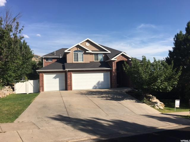 Single Family للـ Sale في 128 E CARRINGTON Lane 128 E CARRINGTON Lane Centerville, Utah 84014 United States