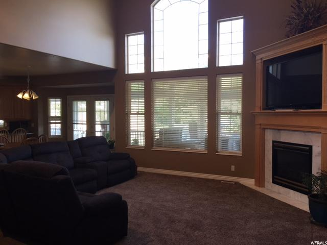 Additional photo for property listing at 128 E CARRINGTON Lane 128 E CARRINGTON Lane Centerville, Utah 84014 United States