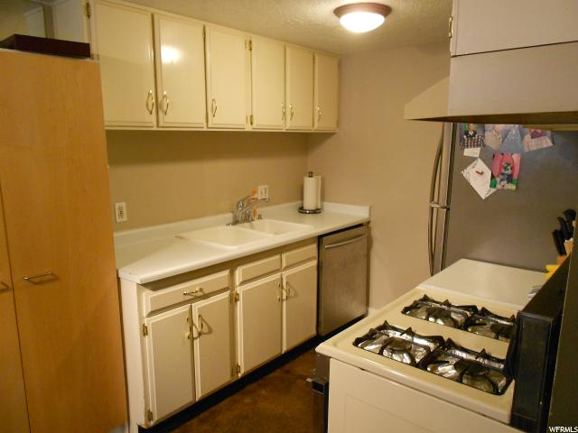 Additional photo for property listing at 724 E 3710 S 724 E 3710 S Unit: 7B Salt Lake City, Utah 84106 États-Unis