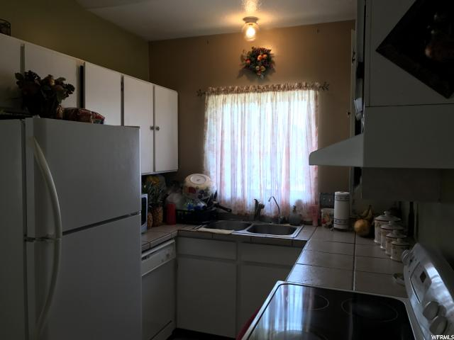 Additional photo for property listing at 8068 W MELVILLE Drive  Magna, 犹他州 84044 美国