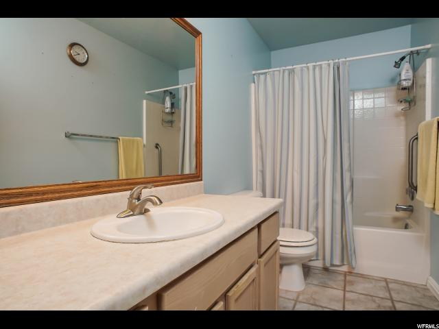 Additional photo for property listing at 4836 S 1800 W 4836 S 1800 W Unit: 12 Roy, Юта 84067 Соединенные Штаты