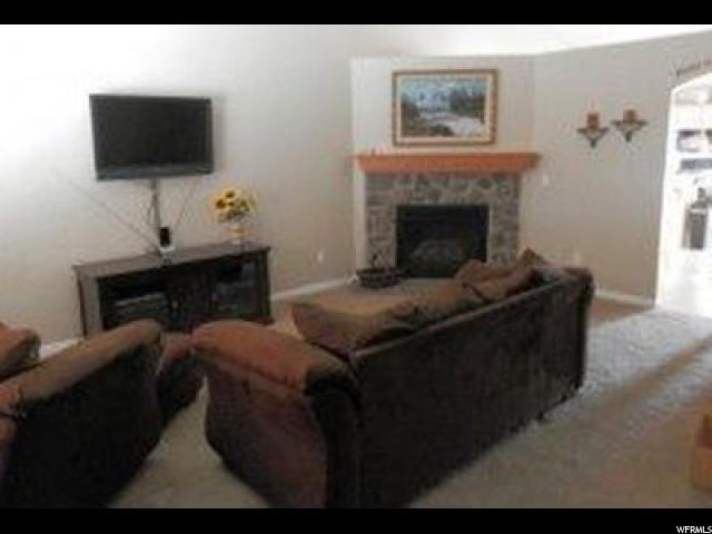 Additional photo for property listing at 3660 W 4525 S  West Haven, Utah 84401 États-Unis
