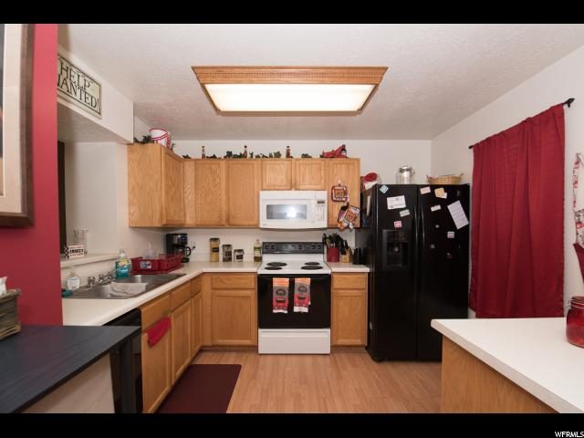 Additional photo for property listing at 1788 W 5100 S  Roy, Utah 84067 États-Unis
