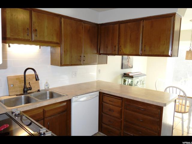 Additional photo for property listing at 5436 S 850 E  South Ogden, Юта 84405 Соединенные Штаты