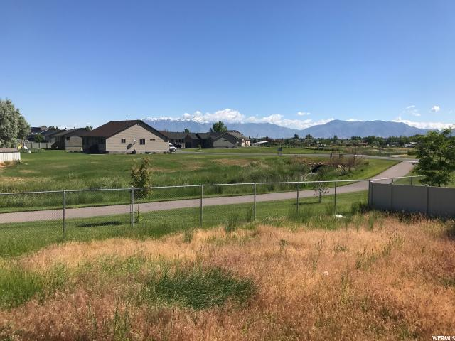 Additional photo for property listing at 4554 W 5750 S 4554 W 5750 S Hooper, Utah 84315 Estados Unidos