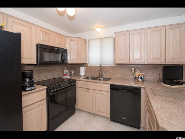 Additional photo for property listing at 9643 S BIRCHWOOD WAY  Sandy, Utah 84092 United States