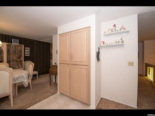 Additional photo for property listing at 9643 S BIRCHWOOD WAY 9643 S BIRCHWOOD WAY Sandy, Юта 84092 Соединенные Штаты