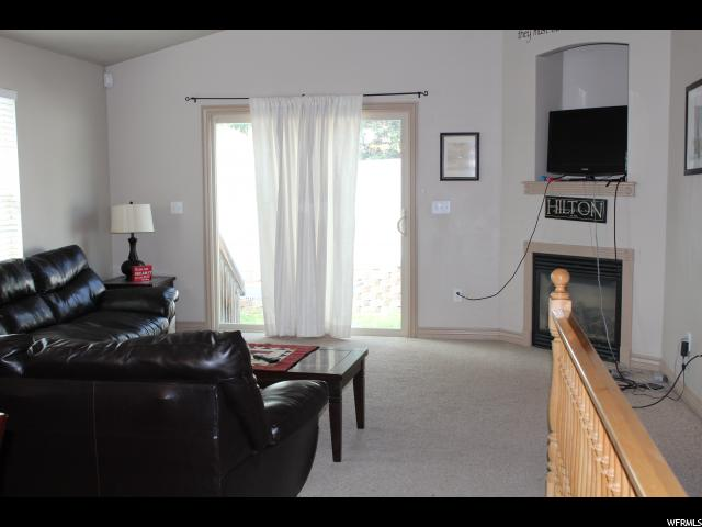 Additional photo for property listing at 686 N STONNE  Kaysville, 犹他州 84037 美国