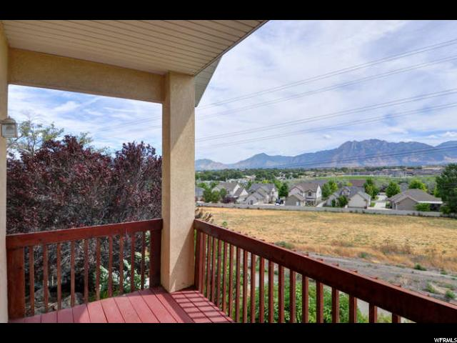 6913 S BATEMAN PONDS CIR West Jordan, UT 84084 - MLS #: 1467340