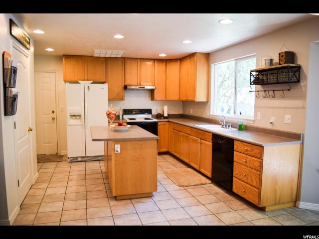 Additional photo for property listing at 9848 N MULBERRY Drive  Cedar Hills, Юта 84062 Соединенные Штаты