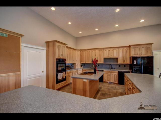 Additional photo for property listing at 68 E 300 S  Enterprise, Utah 84725 United States