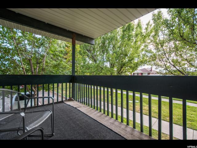 Additional photo for property listing at 211 E HILL Avenue 211 E HILL Avenue Unit: 4 Salt Lake City, Utah 84107 Estados Unidos