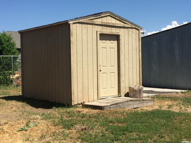 Additional photo for property listing at 7632 N 9550 W 7632 N 9550 W Lehi, Utah 84043 United States