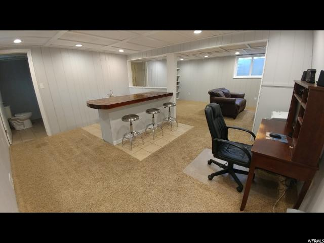 Additional photo for property listing at 9614 S 1210 E 9614 S 1210 E 桑迪, 犹他州 84094 美国