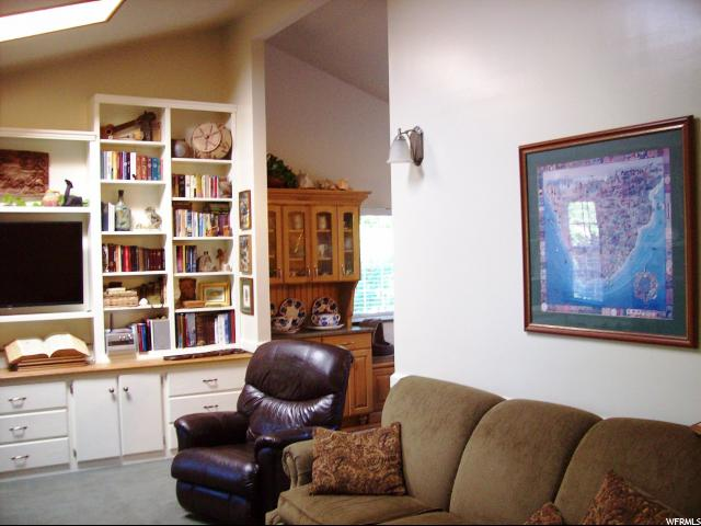 Additional photo for property listing at 59 E 1100 N 59 E 1100 N Centerville, Юта 84014 Соединенные Штаты