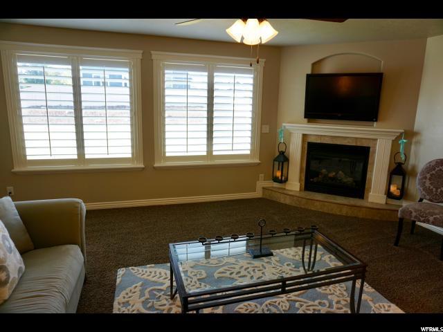 Additional photo for property listing at 2182 W LOVELAND Lane  Farmington, Utah 84025 Estados Unidos