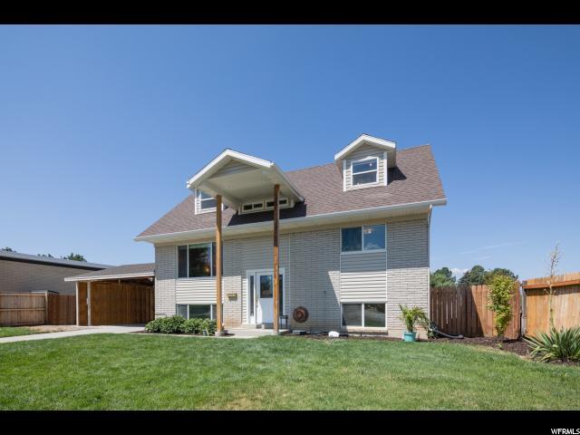 Один семья для того Продажа на 9864 S TONYA Drive Sandy, Юта 84070 Соединенные Штаты