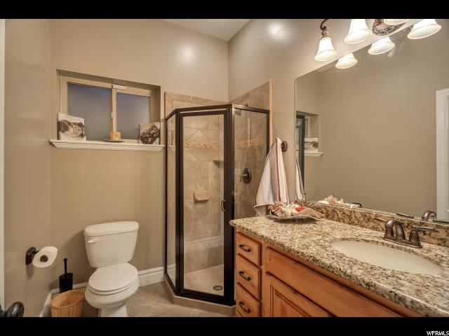 Additional photo for property listing at 2856 N 1425 E 2856 N 1425 E North Ogden, 犹他州 84414 美国