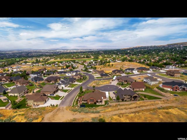 Additional photo for property listing at 2856 N 1425 E 2856 N 1425 E North Ogden, Utah 84414 Estados Unidos