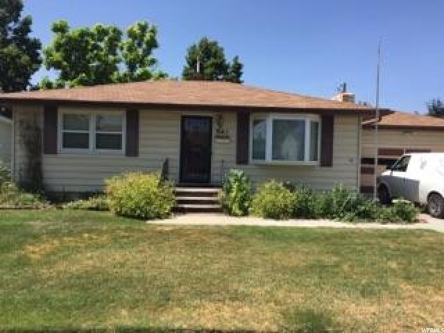 Single Family for Sale at 941 TANEY Lane Pocatello, Idaho 83201 United States