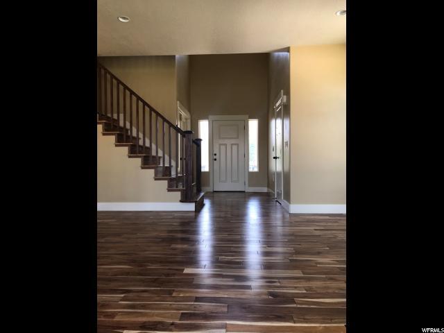 单亲家庭 为 销售 在 6822 S 475 E South Weber, 犹他州 84405 美国