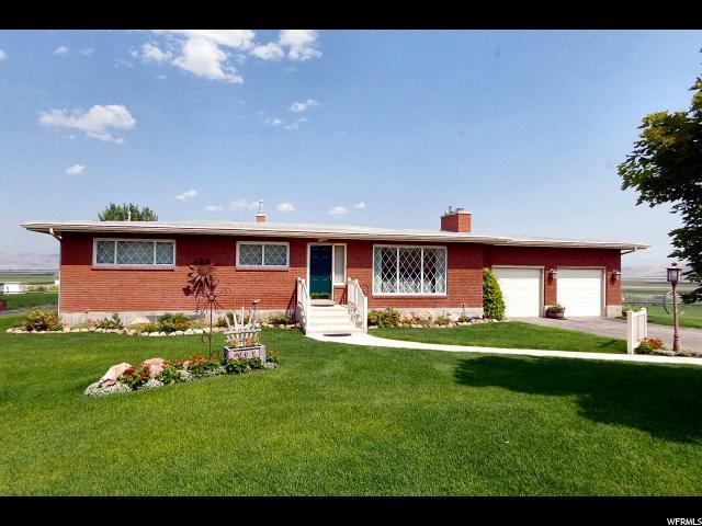 Single Family for Sale at 8916 N 11600 W 8916 N 11600 W Penrose, Utah 84337 United States