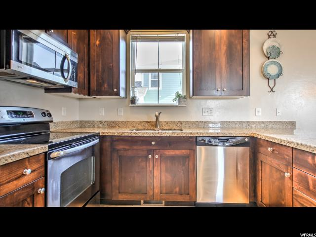Additional photo for property listing at 4942 W WILLAMETTE WAY 4942 W WILLAMETTE WAY South Jordan, Utah 84095 United States
