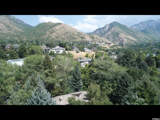 Additional photo for property listing at 3605 S MILL Circle 3605 S MILL Circle Salt Lake City, Utah 84109 États-Unis