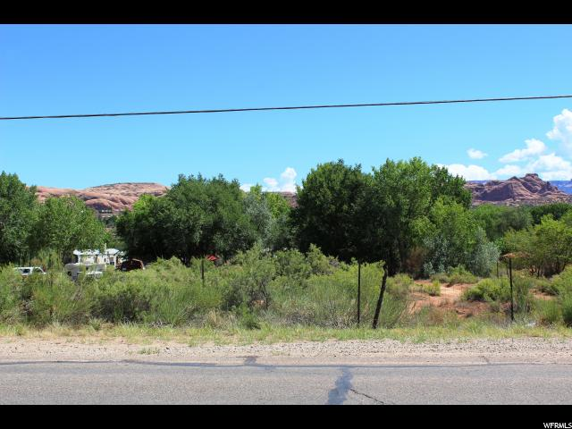 Additional photo for property listing at 2325 S SPANISH VALLEY Drive 2325 S SPANISH VALLEY Drive Moab, Utah 84532 États-Unis