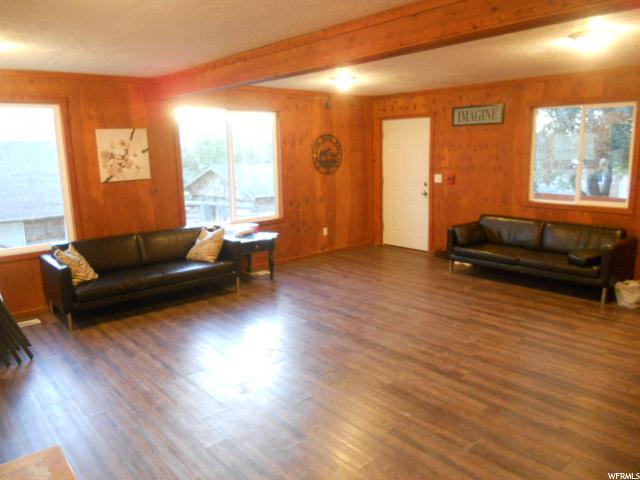 Additional photo for property listing at 525 W 200 N 525 W 200 N Mona, Utah 84645 United States