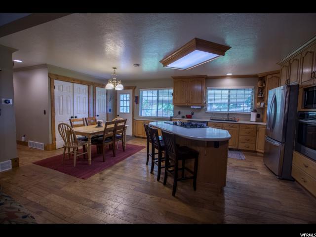 Additional photo for property listing at 638 S 650 W  Farmington, Utah 84025 Estados Unidos