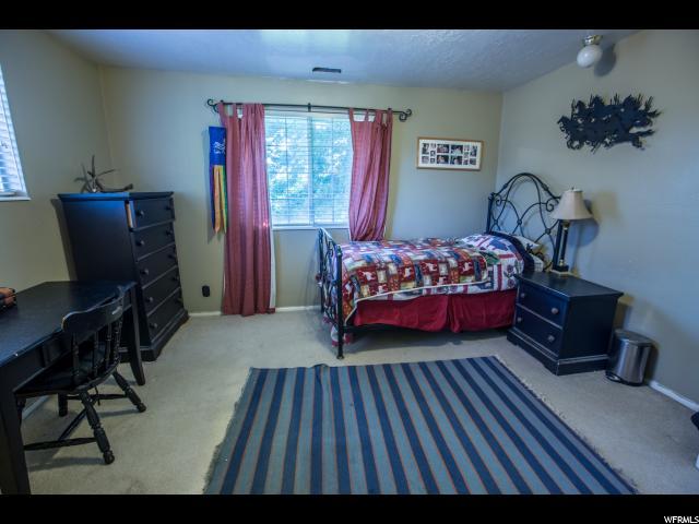 Additional photo for property listing at 638 S 650 W  Farmington, Юта 84025 Соединенные Штаты