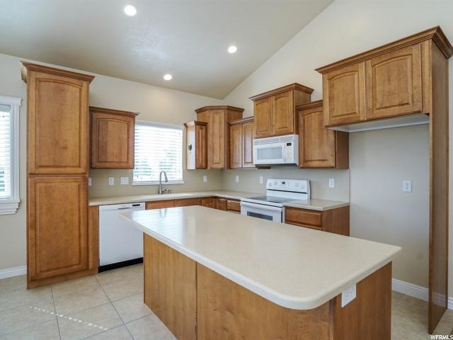 213 HILLSIDE LN North Salt Lake, UT 84054 - MLS #: 1469067