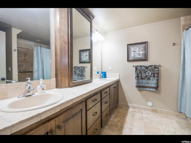 Additional photo for property listing at 1055 S EAGLE NEST Drive 1055 S EAGLE NEST Drive Woodland Hills, Utah 84653 United States